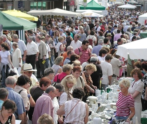 Porzellan Flohmarkt Selb 1. WE im August in Selb